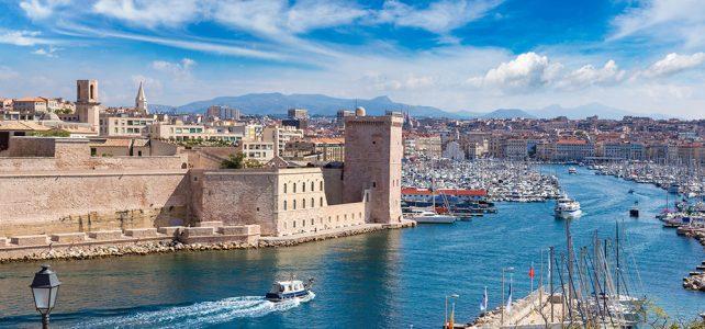 Les villes européennes accessibles en voilier selon Yannick Dacheville